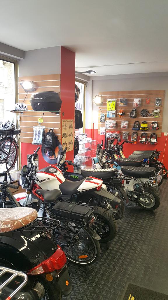 0ce04d0bcfc Accessoires moto et équipement motard