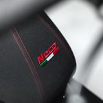 Neco 50 GPX - détail selle brodée