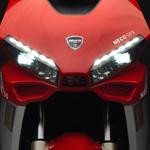Neco 50 GPX rouge - détail bloc optique leds